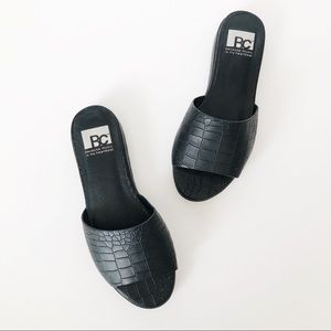 Because Music Is My Heartbeat Sandal Slides